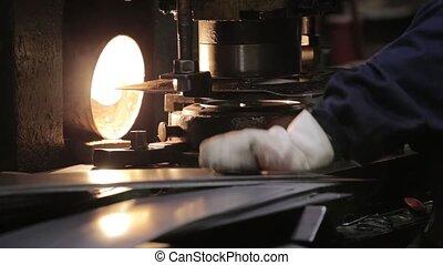 courber, bended, machine., poignée, métal, vaisselle, métal, grande tasse, fabrication, morceau