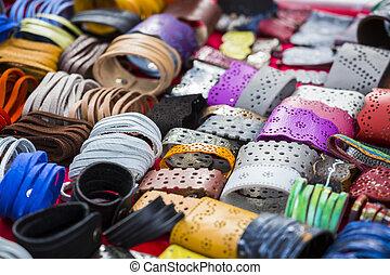 couro, coloridos, pulseiras