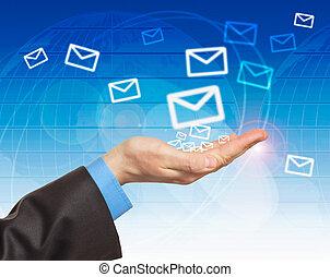 courrier, main