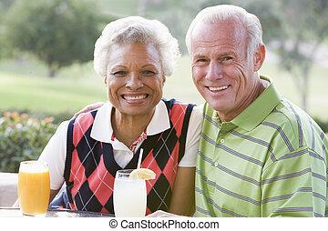 cours, couple, boisson, golf, apprécier