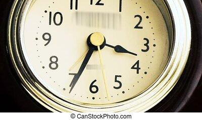 course, horloge, reveil, timelapse, flèches, vidéo