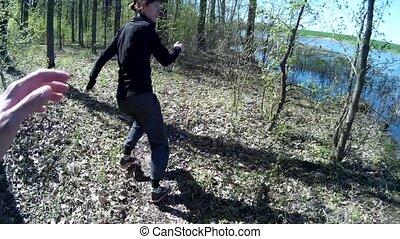 courses, tueur, chasser, woods., après, forest., femme, par, terrifié, stalker, girl, ou