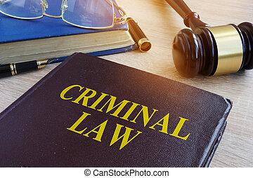court., gavel, lei, criminal