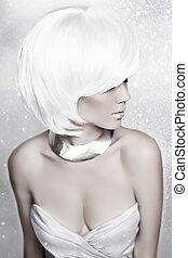 court, hiver, beauté, sur, reine, neige, élevé, arrière-plan., blanc, mode, make-up., hair., portrait, blonds, vacances, woman., hairstyle.