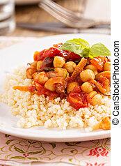 cous-cous, com, grão-de-bico, e, carne vegetativa cozida
