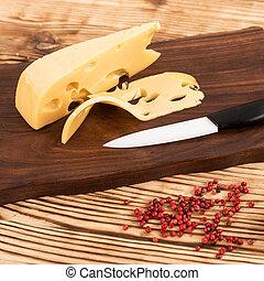 couteau fromage, planche, coupé, bois, découpage