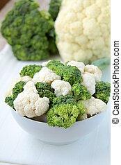 couve flor, brócolos