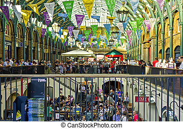 London - Covent Garden Market. One of the main London ...