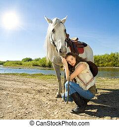 cowgirl, ló, külső, fiatal, fehér