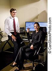 coworkers, alatt, hivatal