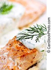 cozinhado, salmão