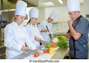 cozinheiro, estudantes, observar