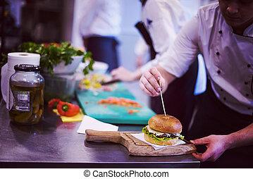 cozinheiro, hambúrguer, acabamento
