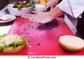 cozinheiro, hambúrguer, corte, salada, mãos