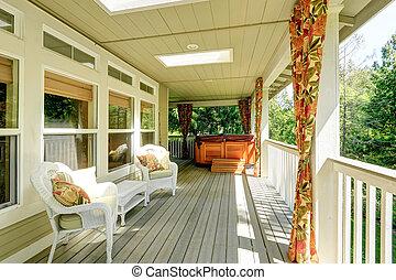 cozy, backyad, deck, mit, jacuzzi