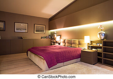 Cozy bedroom - Spacious cozy bedroom with comfortable double...