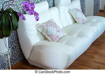 cozy, sofá couro, modernos, quarto branco