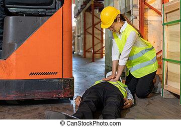 cpr , εργάτης , ατύχημα , μετά , αποθήκη