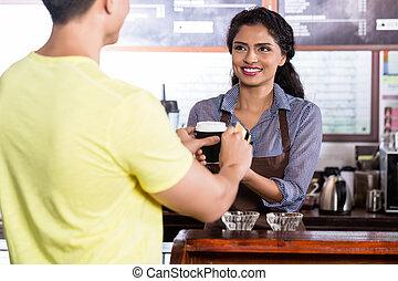 crédit, payant, mâle, carte, café, client