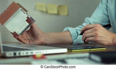 créer, tablette, logement, numérique, laptop., projet, mains, utilisation, mâle