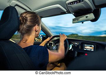 crépuscule, femme, conduite, voiture, travail, jeune, aller...