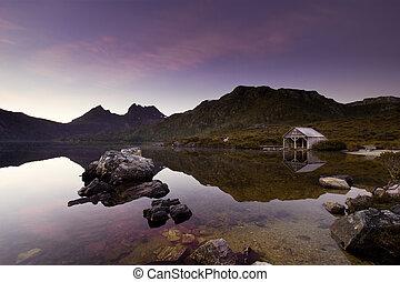 Cradle Mountain Sunrise
