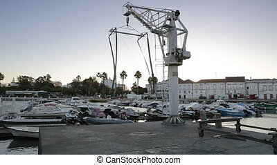Crane lift for loading of ships and boats in doca Faro....