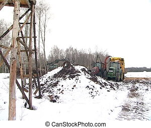 crane load branches - tractor with crane load branches to...