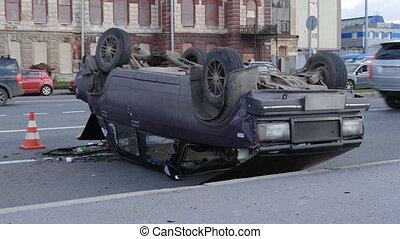 Crash car, overturning