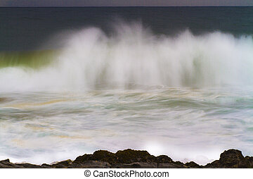 Crashing Wave with Spray
