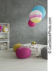 Using wooden crate, paper and wool to create your room