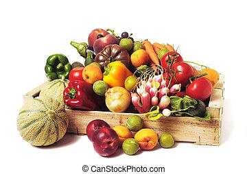 crates, de, fruta, e, legumes, branco, fundo, em, studio.