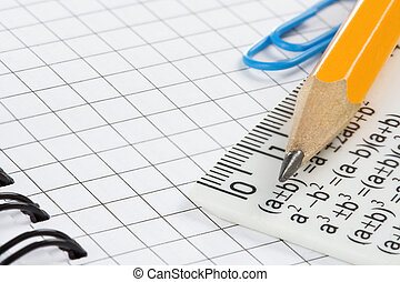 crayon, cahier, vérifié