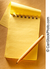 crayon, ouvert, jaune, bloc-notes, vide