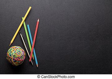 crayons, bureau, coloré, bureau