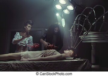 Crazy experiments in the old hospital - Crazy experiments in...