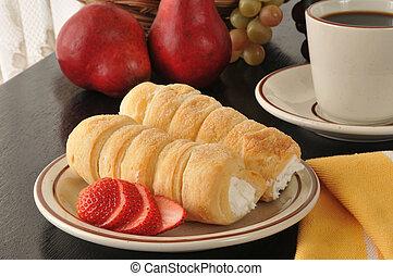 Cream horns and strawberries - Cream horns, or cream puffs ...