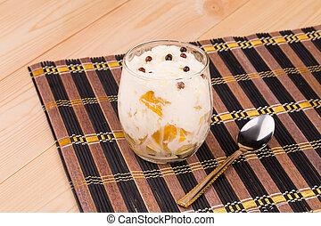 Cream of fruits
