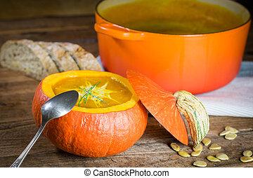 Creamy pumpin soup - Fresh creamy pumpkin soup served in a...