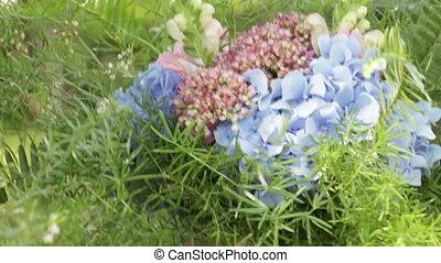 Create festive bouquet - Decorators create and collect...