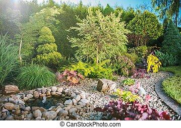 Creative Backyard Garden