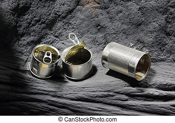 Photo of empty can