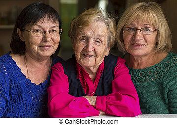 crecido, daughters., mujer, viejo
