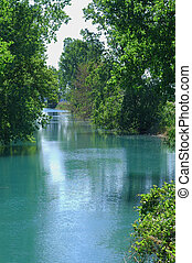 creek2, acqua stagnante