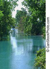 creek2, elmaradott terület