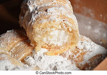 crema, llenado, pasteles, en, un, caja