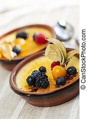 Creme brulee dessert