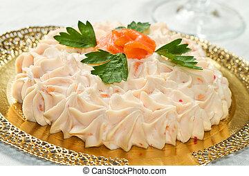 cremoso, empanada de color salmón, mousse