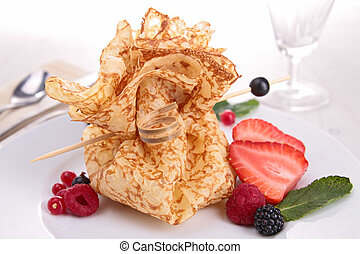 crepe with berries