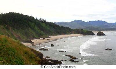 Crescent Bay at Ecola Park Oregon - Crescent Bay at Ecola...